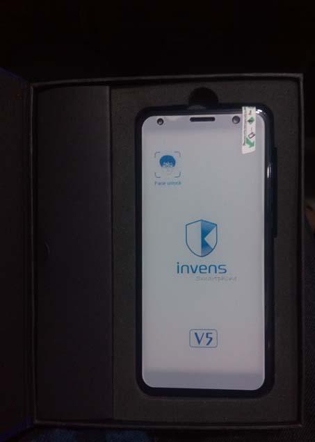 Invens V5 Smartphone Photo